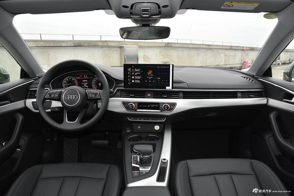 2021款奥迪A5 Sportback 40 TFSI 时尚致雅型