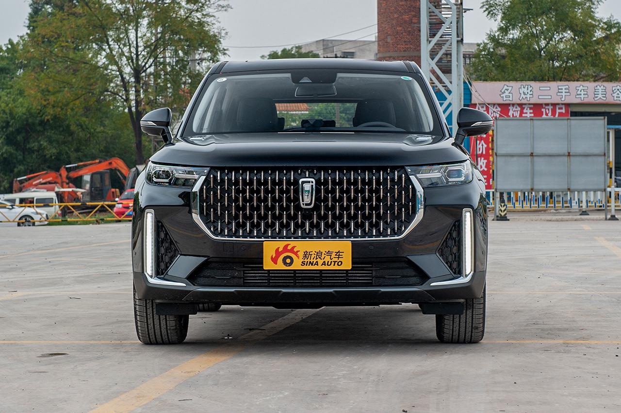 2019款奔腾T99 20TD 自动 尊贵型