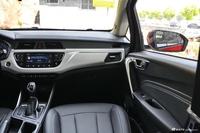 2020款吉利远景X3 1.5L自动尊贵型