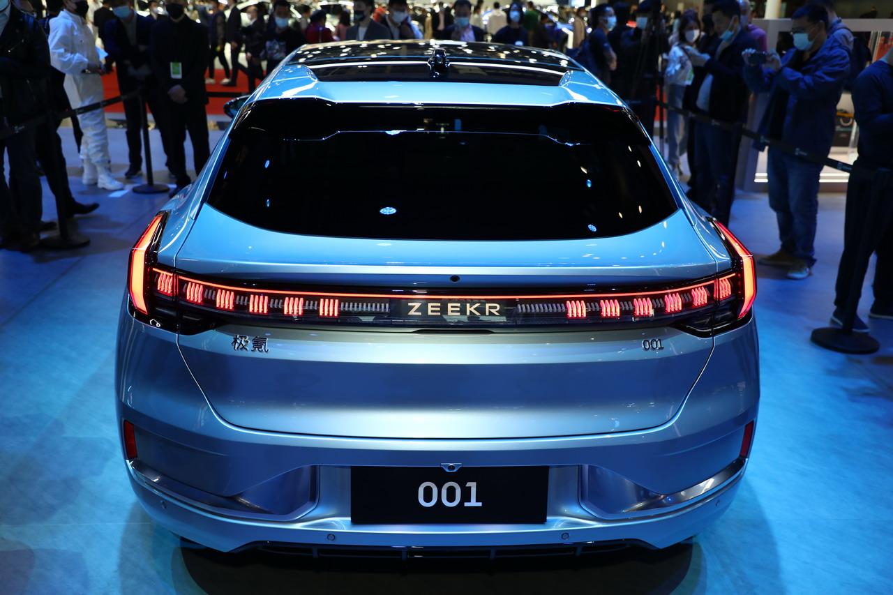 2021上海车展实拍:极氪001