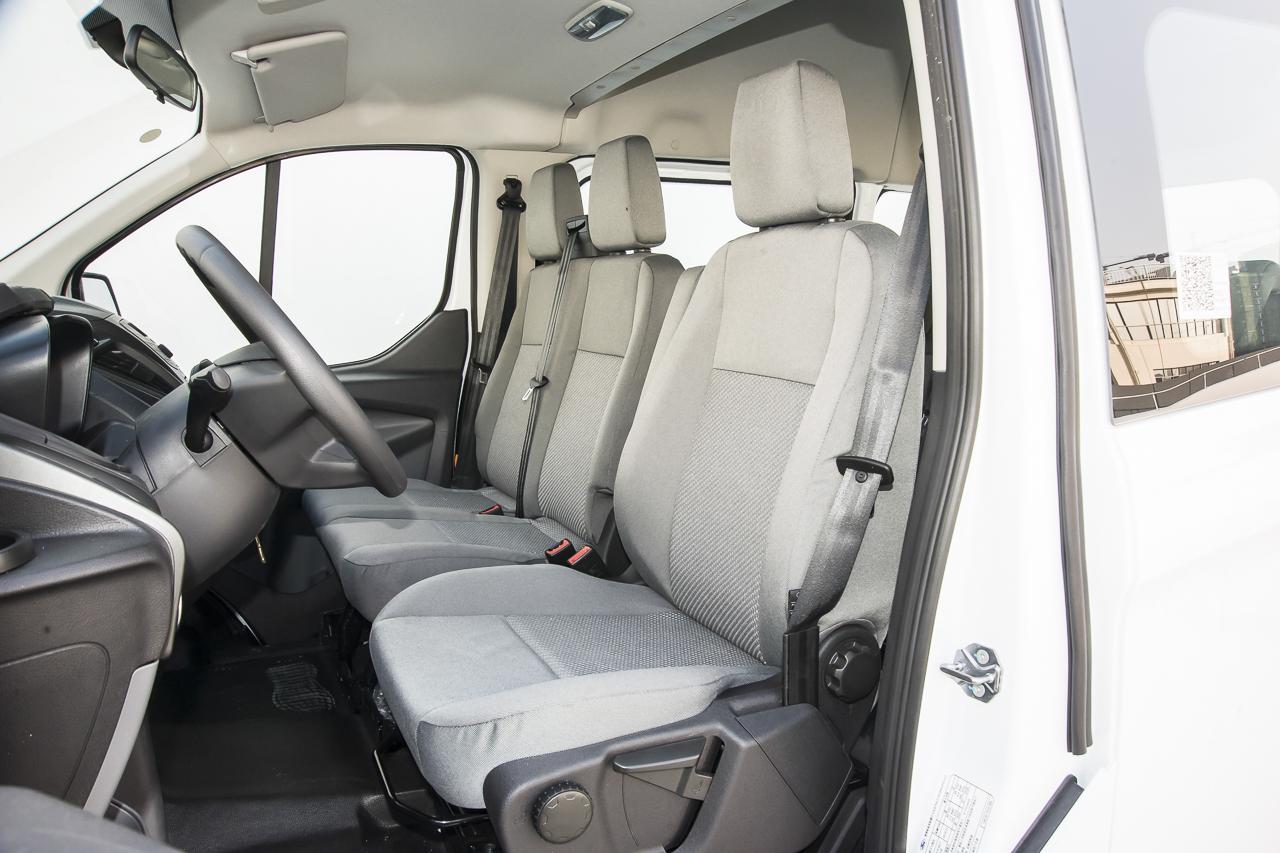 2017款新全顺2.0T手动柴油多功能商用车短轴中顶 国V