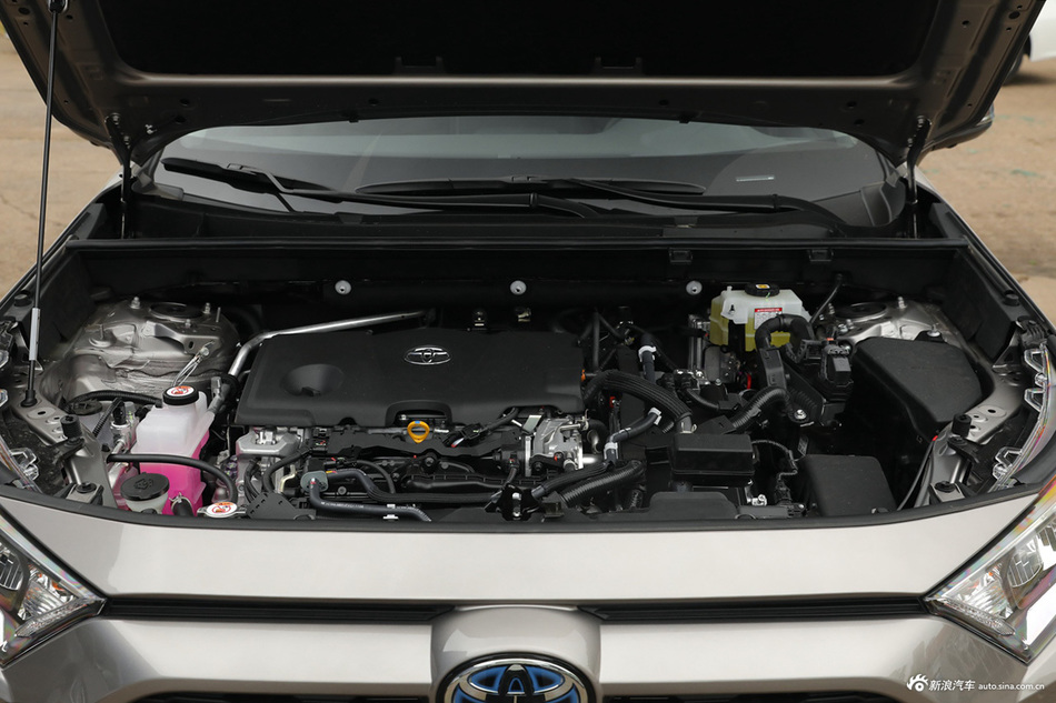 2021款RAV4荣放 双擎 2.5L CVT两驱精英版