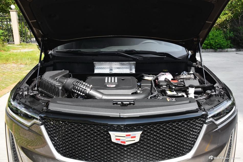 2021款凯迪拉克XT6 28T 六座四驱豪华运动型