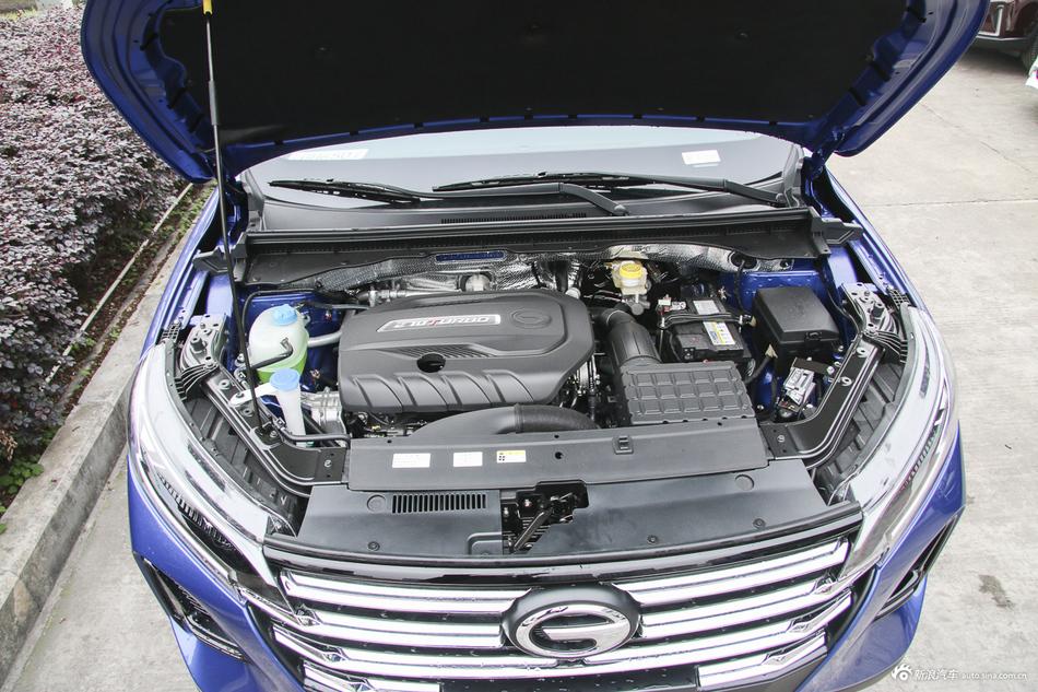 2020款传祺GS4 270T 1.5T 自动至尊版